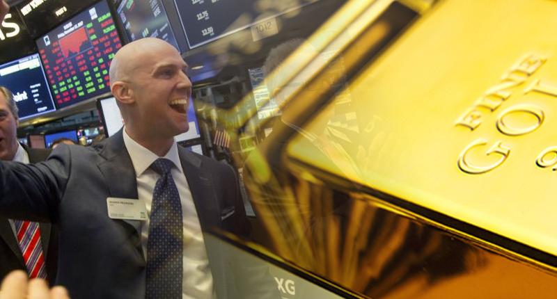 investors gold stocks now