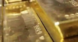 gold stocks drop august 2020 today